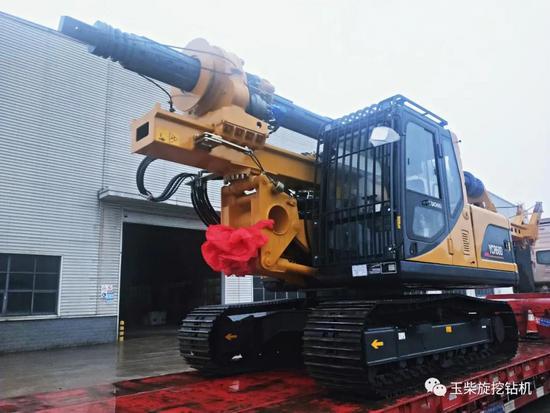 玉柴樁工YCR60D旋挖鉆機參與化州新農村建設