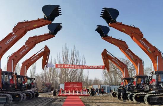 日立建機交付6臺ZX490LCH-5A大型液壓挖掘機