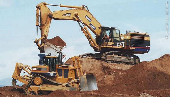 【專題】20噸級挖機究竟誰最能裝?!