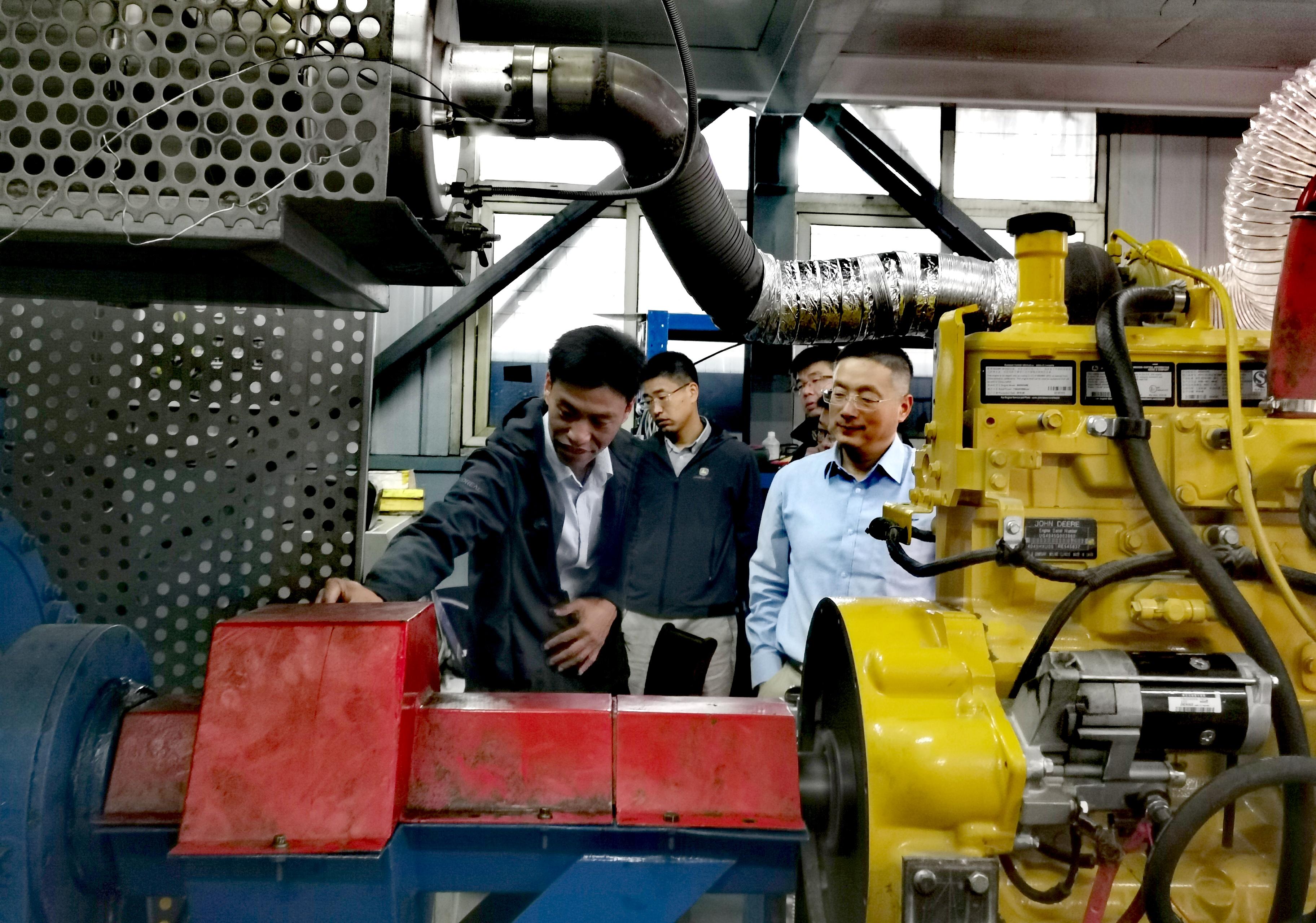 行業大事件:約翰迪爾經銷商在山東建了一個發動機維修測試車間!?