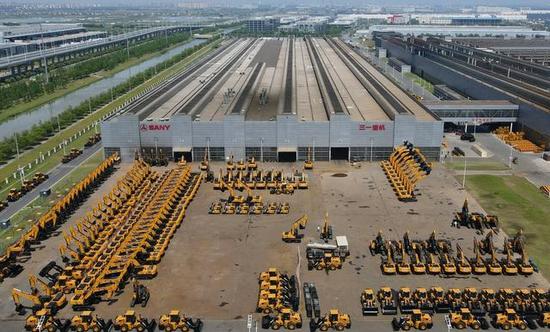 中国挖掘机销量逆势上涨体现高质量发展成果