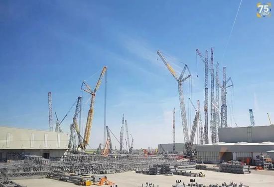 地球上最大的吊車工廠,這吊鉤是我見過最大的