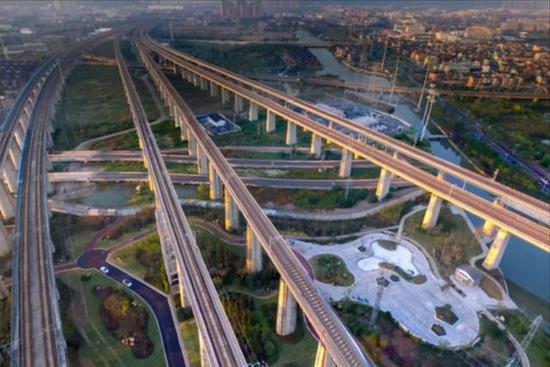 黑龍江斥212億建最北高鐵,全線設9站,將是區域經濟增長的新引擎