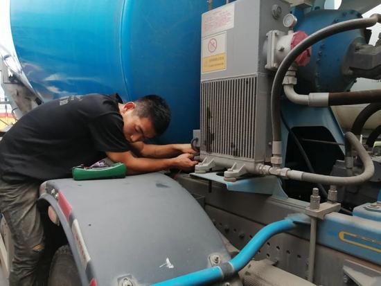 河南抗汛前線丨助力災區恢復生產,瑞江罐車免費巡檢持續推進!