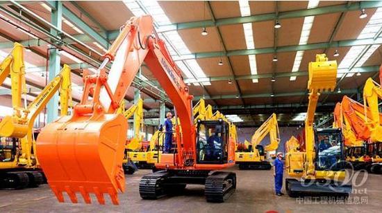 龍工挖掘機遠銷全球數十個國家和地區