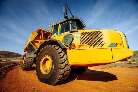 米其林為裝載機輪胎提供深度解決方案