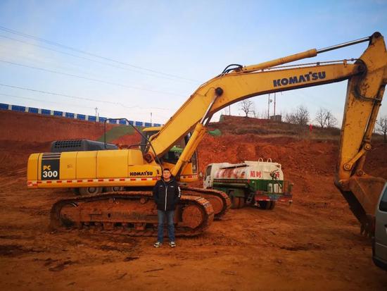 小松挖掘機,兩代人始終如一的創業選擇