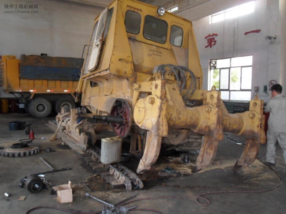老TY220推土机维修终传动