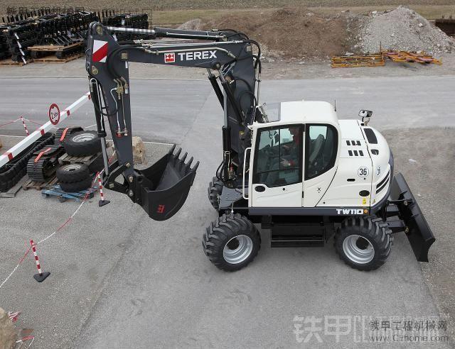 TEREX 挖掘机