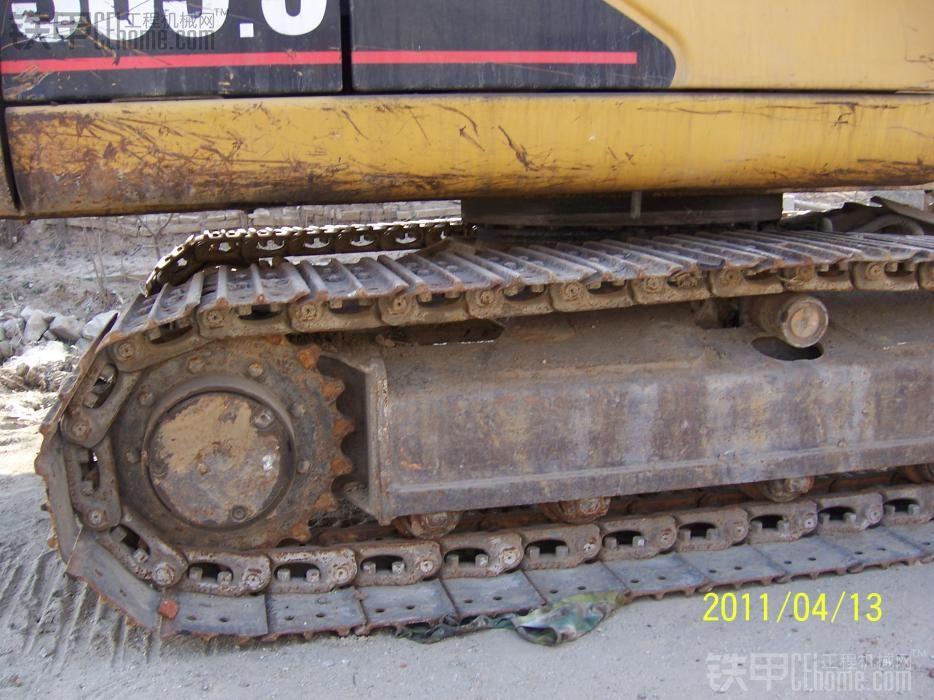 转原装卡特305.5小挖掘机