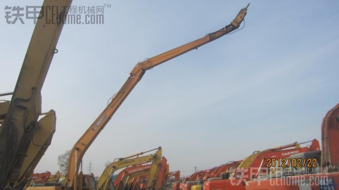 黑龙江地区出租加长臂破碎锤