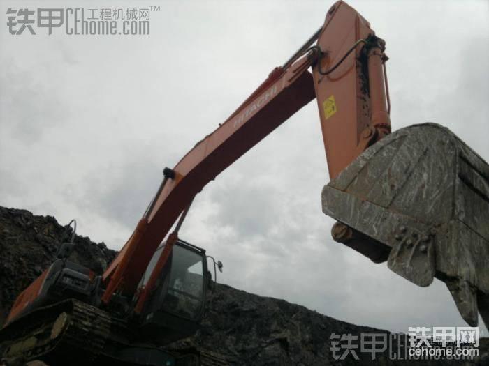 日立挖掘机-帖子图片