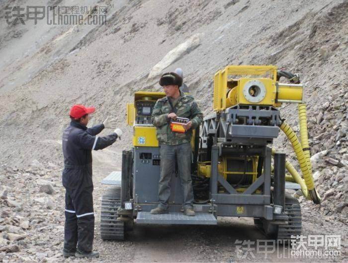 C6C地质勘探钻机在海拔5200的昆仑山脉图片-帖子图片