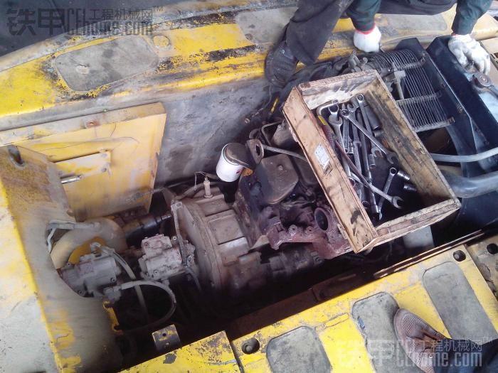 柳工915c大修发动机