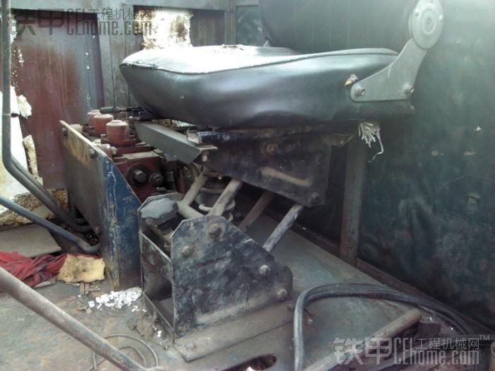 08无级变速小铲车图片