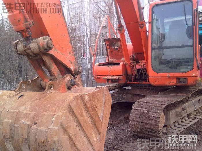 低价转让斗山150-7挖机 24万
