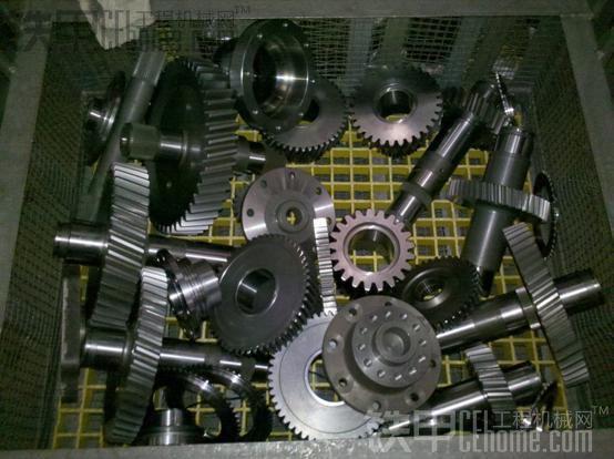 装载机之定轴式变速箱拆解与结构浅析