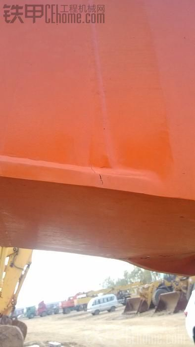 斗山370大臂头裂缝,多次焊接不行,请教高手怎么焊?