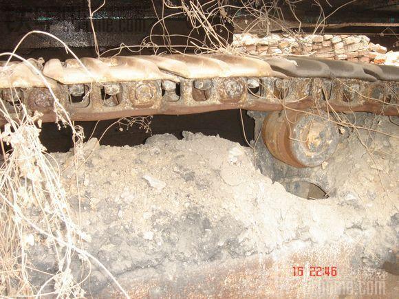 神刚sk230挖掘机