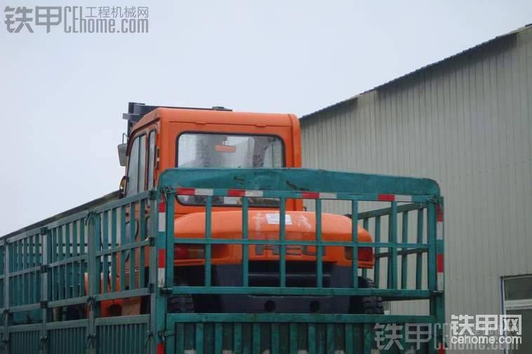 山推3吨叉车和合力10吨叉车混搭照-帖子图片