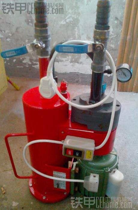 出一台全新的液压油精密过滤机