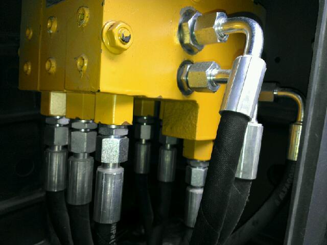 DAS3先导阀的各接头作用