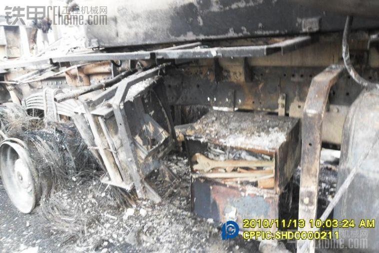 泵车触电之后 珍藏了接近三年了 拿出来让大家看看 引以为戒安全施工
