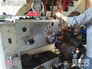 卡特308B导向轮修复篇