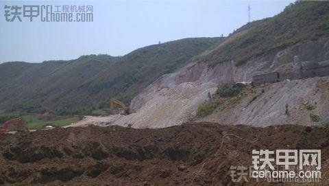 国货当自强之JCM936D挖机干活的情况.......
