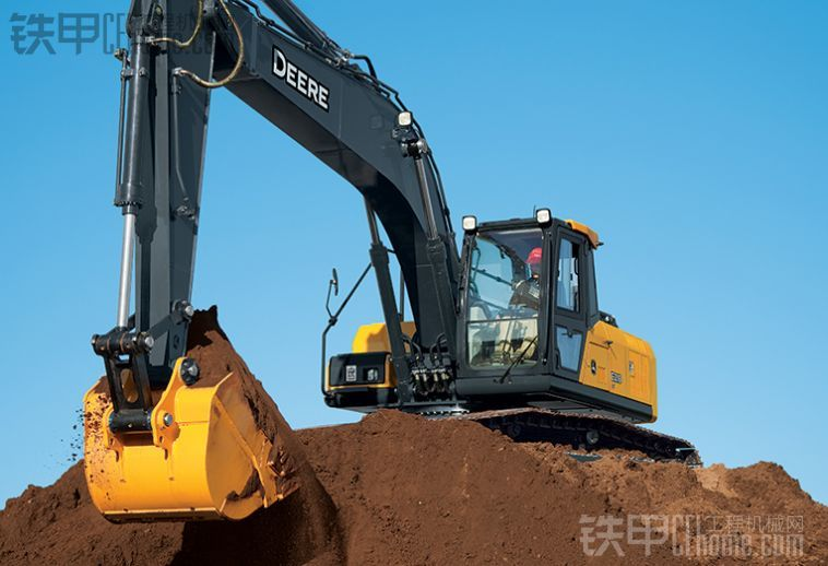 约翰迪尔推出新品宣布进入中国工程机械市场