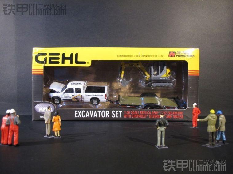 山猫 涂装雪佛兰皮卡滑移运输车,S205滑移装载机运输,对比GEHL涂装