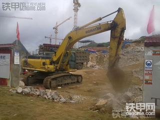 现代110-7挖掘机1700小时使用心得及贵州工地海量照