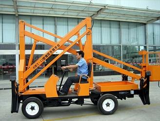 曲臂式高空作业车