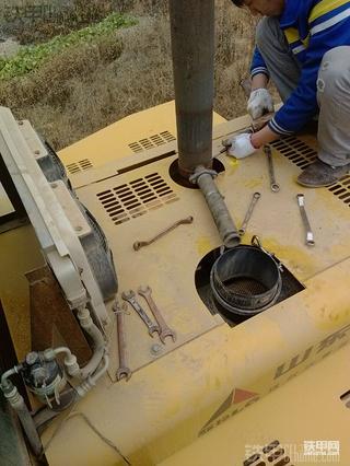 朋友的临工952  大修发动机+自己爱车部分照片