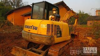 小松最失败的机型?小松PC56-7挖掘机5300小时使用报告(附斗山DH55 GOLD美图)