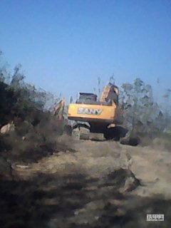 三一365挖掘机