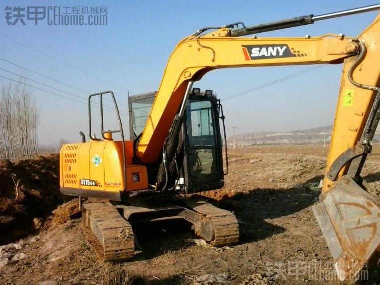 三一65小挖掘机每小时耗油耗油多少升?