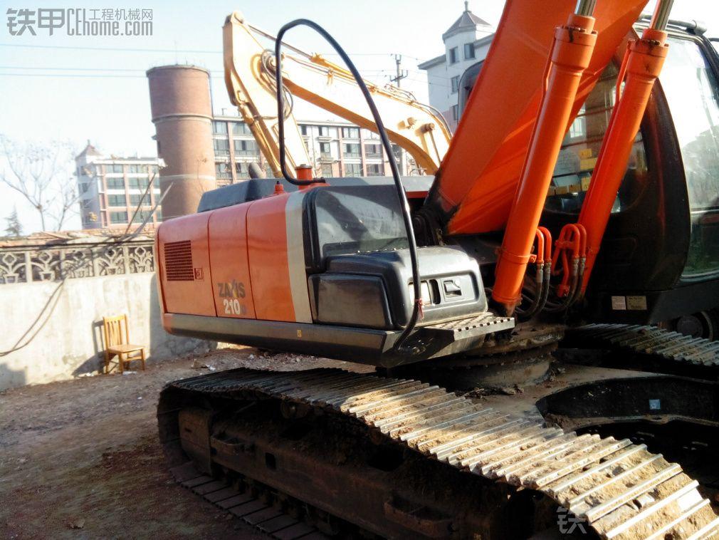 日立zx200-3g直喷挖掘机3000小时使用报告