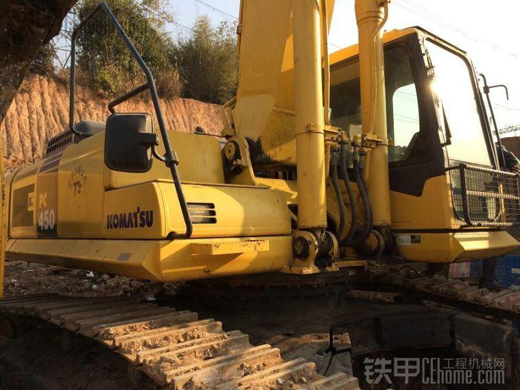 个人出售小松450挖机一台