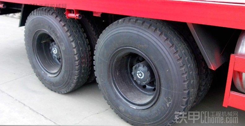 史上最给力的各种拉挖机的拖车
