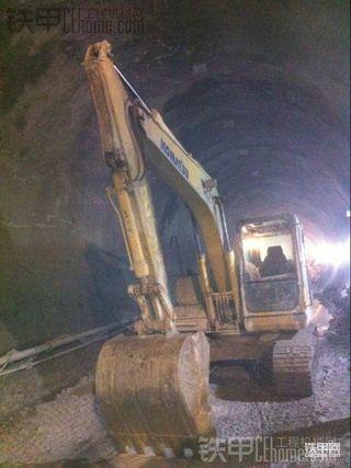 小松130-7挖掘机282小时使用报告