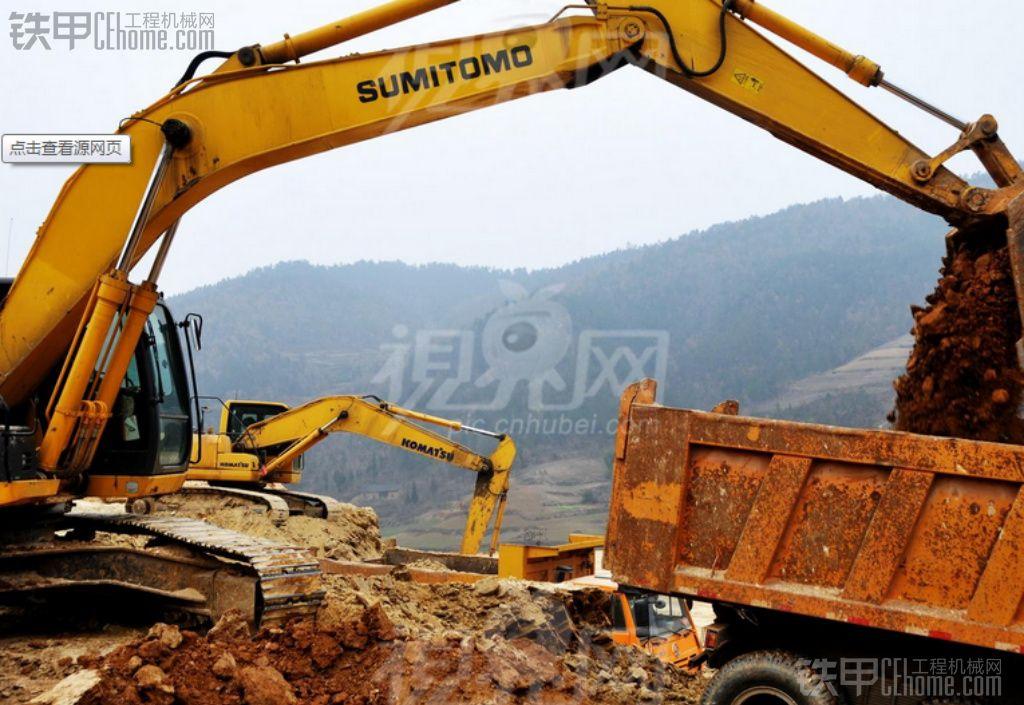 挖机装车,现代215视频 -挖机装车,现代215