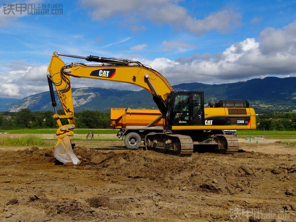 卡特336dl 挖掘机