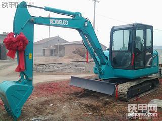 全款34万 斗山DH55置换神钢SK60-8挖掘机