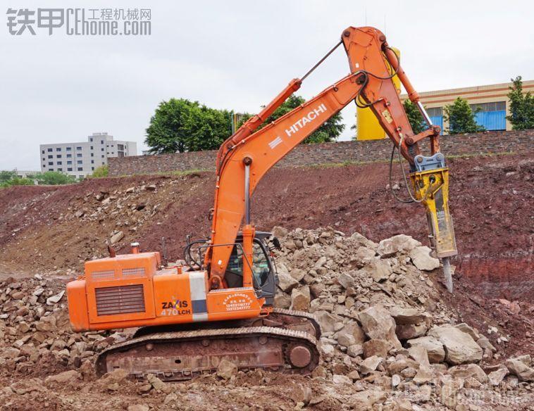重庆大型破碎锤,日立470+阿特拉斯=重庆最强破碎锤,稍后传CAT365岩石臂挖机图