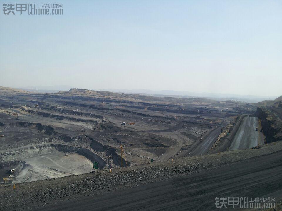 矿坑设备巡检随拍