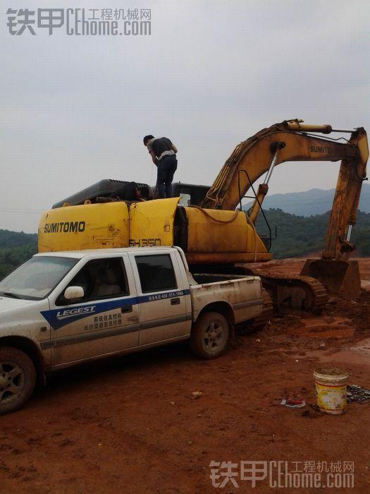 住友SH350挖掘机