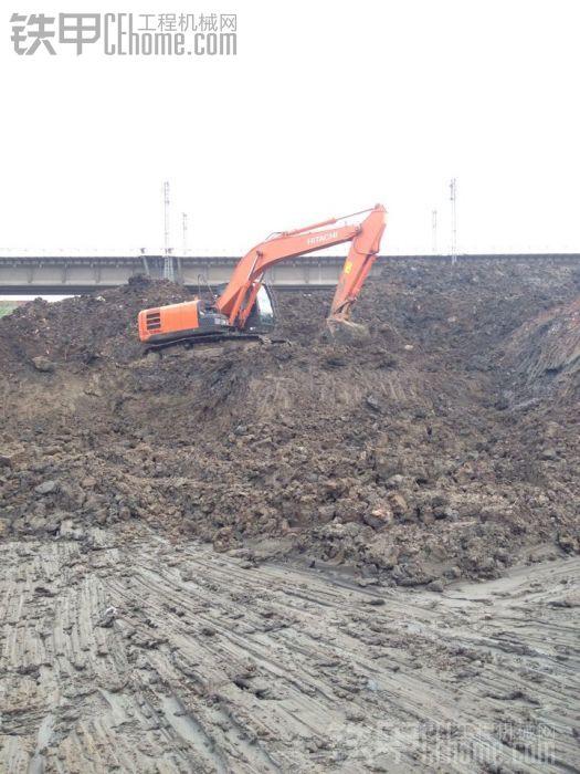日立240挖机电路图