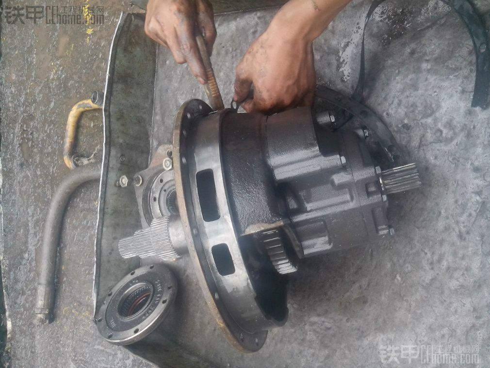 柳工856zf 变速箱维修图片