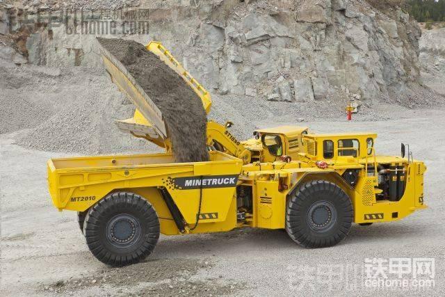 新增了侧卸铲斗的Scooptram 铲运机-帖子图片